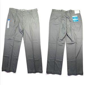 Haggar Gray Classic Fit Pleated Dress Pants 42x32